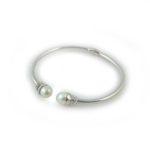 Clasp Me Close Bracelet 1005
