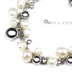 Giggle Bubble Bracelet Close 1003