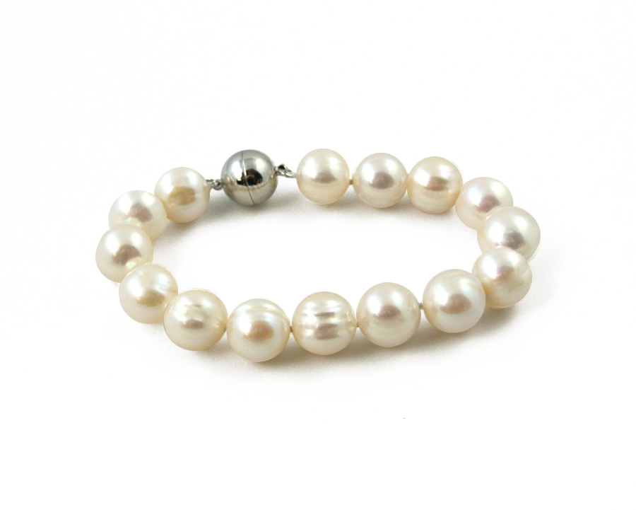 web fashion boutique pearl jewelry bracelet olive piper products halo