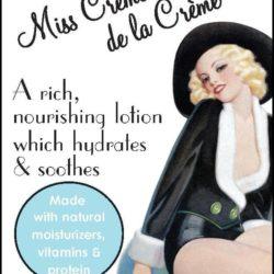 Miss Crème de la Crème Label Close Up LP04-11